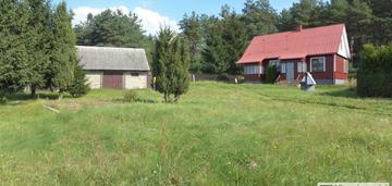Dom wolno stojacy na pięknej działce pod lasem