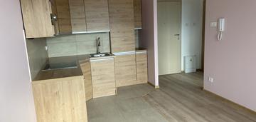 Nowe mieszkanie z miejscem garażowym i komórką
