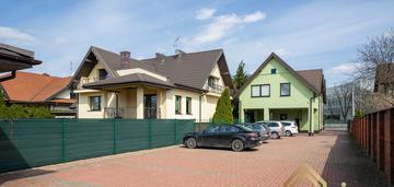 Dom + budynek inwestycyjny