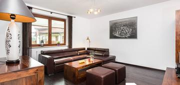 Elegancki apartament 3-pokojowy w zielonej okolicy