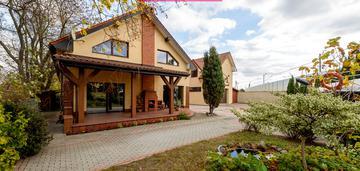 Dom na sprzedaż z dużą powierzchnią produkcyjno -magazynową