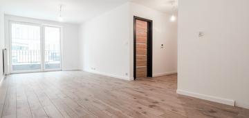 Komfortowe 2-pok. 46,58m2 + balkon/promienistych