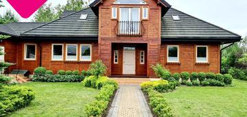 Dom na pięknej, dużej działce na sprzedaż