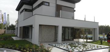 Nowoczesny dom - 315 m2 + działka 1290 m2-nadarzyn