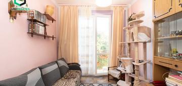 2 osobne pokoje / osobna kuchnia / plac centralny