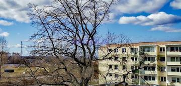 Mieszkanie 2 pok. z balkonem oś. kasztanowym