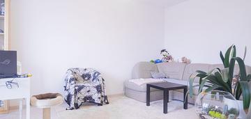 Mieszkanie 2-pok | balkon | literacka