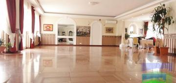 Bałuty - dom (560 m2) na działce 3313 m2