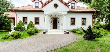 Dom w stylu dworku, ponikwoda, działka 2000m2.