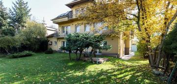 Dom wolnostojący 8 pok, 650 m2, wesoła