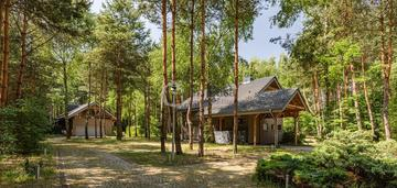Wyjątkowy dom na dużej działce w otoczeniu lasu