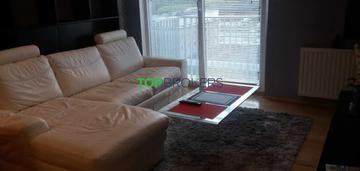 Salon z aneksem, sypialnia, klimatyzacja, balkon