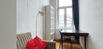 Stare miasto, 3 pokojowe, 80 m2. for rent