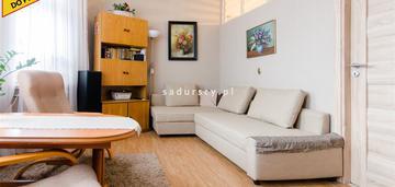 Mieszkanie 3-pokojowe o pow. 77 m2 na parterze.