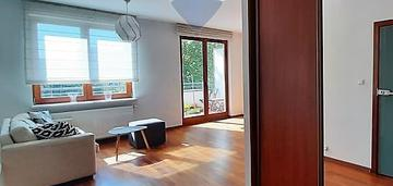 Mokotów, 2 pokoje, balkon, miejsce postojowe.