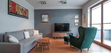 Komfortowe mieszkanie z klimatyzacją. małe błonia