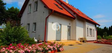 Dwurodzinny dom w sercu maksymilianowa