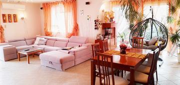 Piękny duży dom 450m2 - 3 oddzielne mieszkania