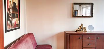 Dwupokojowe mieszkanie przy pl. zawiszy