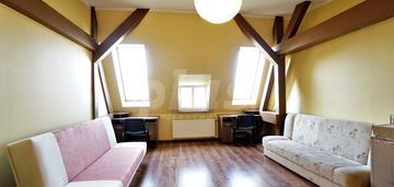 Centrum 3 pokoje + 3 garderoby do negocjacji top