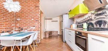 3 pokoje+kuchnia, 58 m2, stare miasto, bonerowska