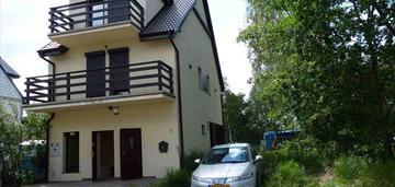 Mrzeżyno dom z dwoma lokalami