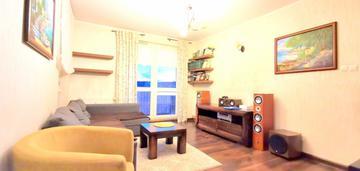 Słoneczne mieszkanie z dwoma balkonami w cichej ok