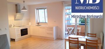Przestronne mieszkanie z balkonem i windą (48 m 2)