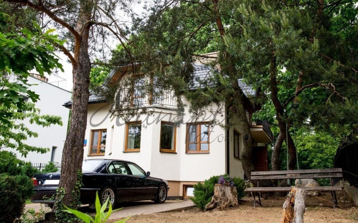 Świetny dom w cichej i spokojnej lokalizacji